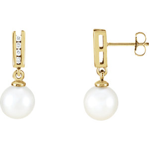 14kt Yellow Akoya Aultured Pearl & 1/  ATW Diamond Earrings