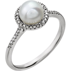 Sterling Silver<br> Freshwater Aultured Pearl<br> & . 1 ATW Diamond Ring
