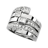 1 1/3 ct tw Diamond Right Hand Ring