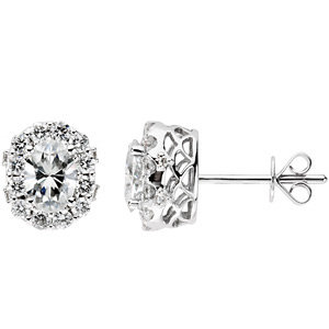 Halo-Styled Stud Earrings