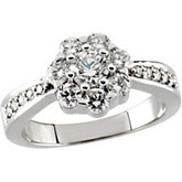 1 1/8 ct tw Diamond Cluster Ring