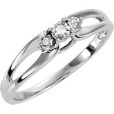 .03 ct tw Diamond 3-Stone Ring