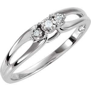 .03 CTW Diamond 3 Stone Ring Ref 650060
