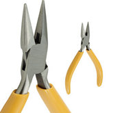 Box Joint Short Chain Nose Plier 5.25