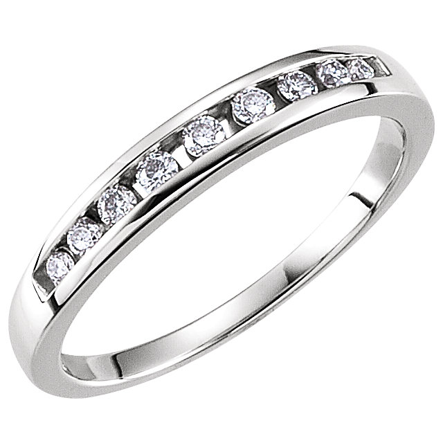 14K White 1/6 CTW Diamond Band