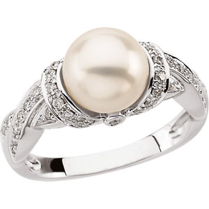 14kt White Freshwater<br> Pearl & 1/4 ATW Diamond<br> Ring