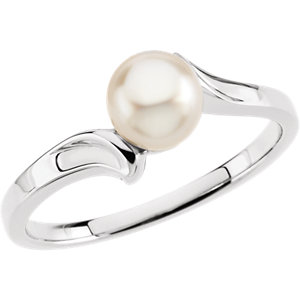 Akoya Aultured Pearl<br> Bypass Ring
