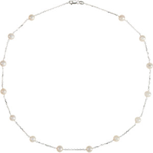 Sterling Silver Freshwater Cultured Pearl Station 18