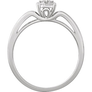 10K White .05 CTW Diamond Promise Ring