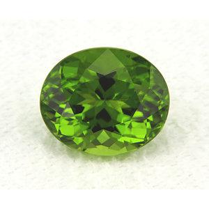 Peridot Oval 6.51 carat Green Photo