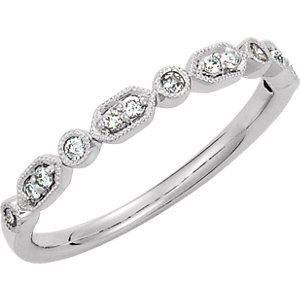 14K White 1/8 CTW Diamond Ring Size 7