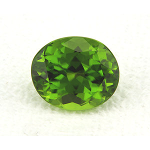 Peridot Oval 6.22 carat Green Photo