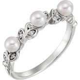 Accented Stackable Leaf Pattern Pearl Ring